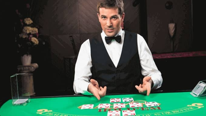 Do you want to enroll in an online live casino academy?